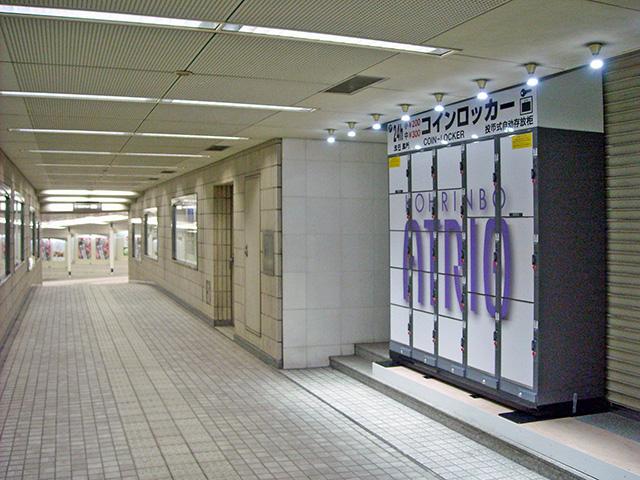 香林坊の地下通路に設置されたコインロッカー