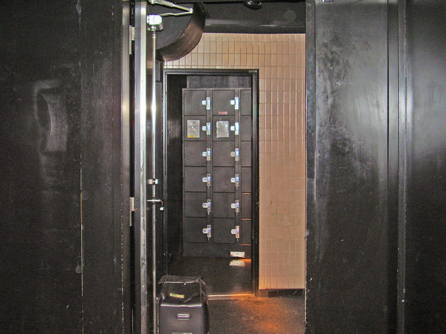 千葉のライブハウスのフジコインロッカー